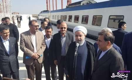 تصویر از افتتاح خط ریلی همدان – تهران موجب محقق شدن آرزوی چندساله مردم همدان