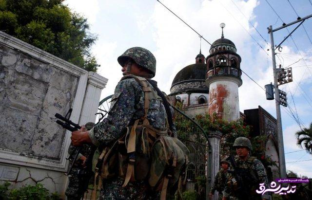 تصویر از جنگندههای آمریکایی مواضع داعش در شهر اشغال شده فیلیپین را بمباران کردند