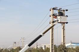 تصویر از توسعه و بهینهسازی 18 هزار متر شبکه توزیع برق در شهرستان سمنان