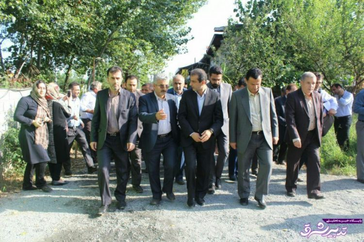 تصویر از افتتاح و بهره برداری از 10 طرح عمرانی رفاهی در لاهیجان