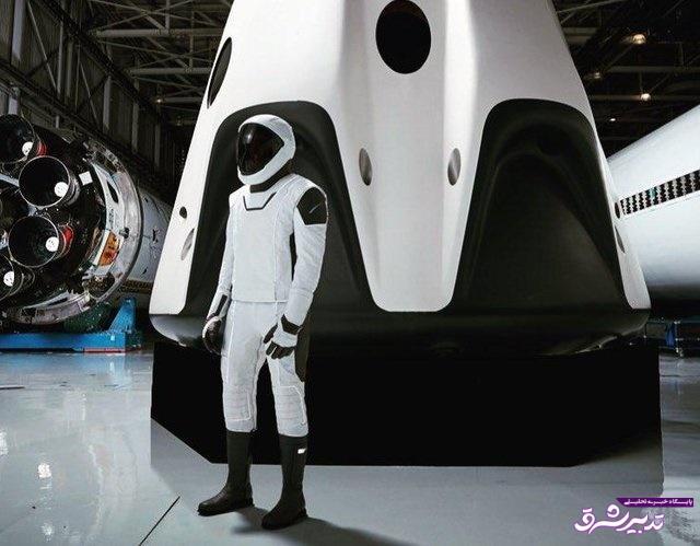 تصویر از همه چیز درباره لباس فضانوردی که اسپیس ایکس معرفی کرد/پایان دوران لباسهای سنگین
