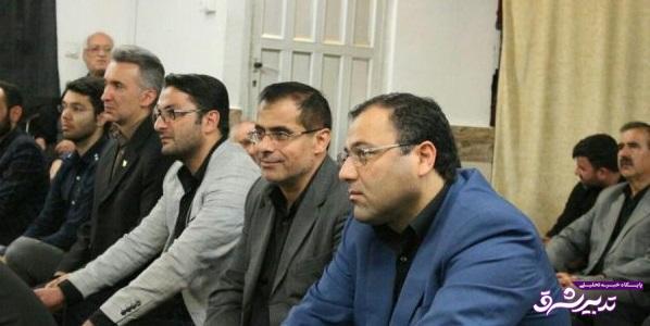تصویر از حضور جمعی از دانشگاهیان لاهیجان در مراسم عزاداری حضرت اباعبدالله الحسین در بیت نماینده ولی فقیه در گیلان