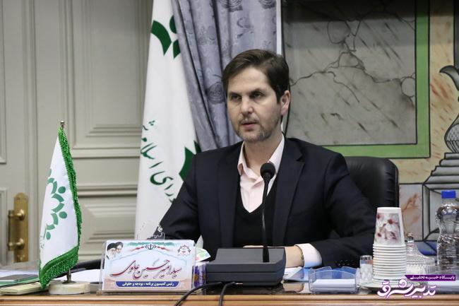 تصویر از رئیس شورای شهر رشت:کمبود زمین برای واگذاری به سرمایه گذاران/پیاده راه و بی آر تی آسیب  های زیادی به مردم و بازار وارد کرد