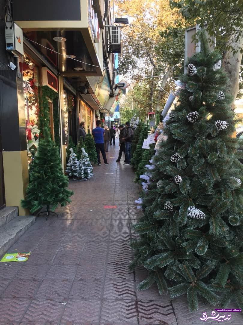 تصویر از تخفیف های ویژه در بازار کالاهای کریسمس