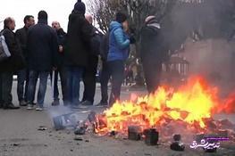 تصویر از فیلم   درگیری شدید زندانبانان ناراضی فرانسه با پلیس