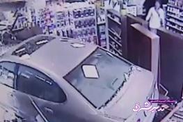 تصویر از فیلم | رانندهای که با ماشین به داروخانه رفت!