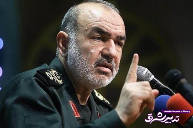 تصویر از جانشین فرمانده کل سپاه پاسداران: توسعه موشکی ایران متوقف نمی شود