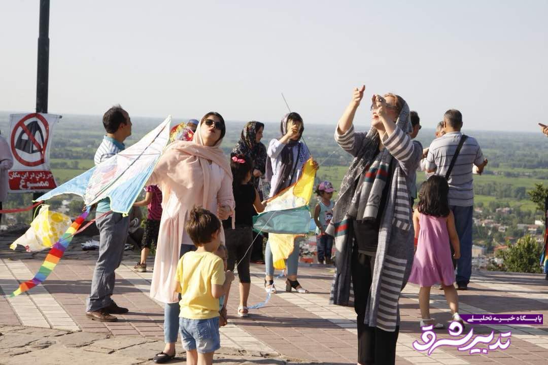 تصویر از گزارش تصویری جشنواره خانوادگی پرواز بادبادک ها در لاهیجان