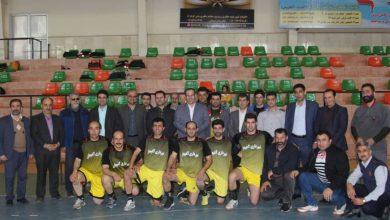 تصویر از با حضور مسئولان شهرستان لاهیجان برگزار شد؛ فینال رقابت های مسابقات والیبال جام دهه فجر/ گزارش تصویری
