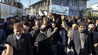 تصویر از تشییع پیکر ۲ شهید گمنام با حضور معاون سیاسی، امنیتی و اجتماعی استاندار گیلان