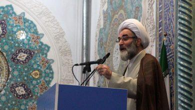 تصویر از امام جمعه رشت :امروز باید در جنگ ارادهها پیروز میدان باشیم
