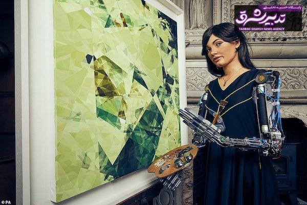 اولین ربات انسان نما نقاش