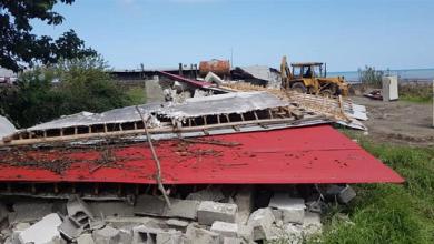 تصویر از با حکم مقام قضایی در شهرستان رودسر انجام شد : تخریب ساختمان های احداثی در بستر رودخانه اوشیان