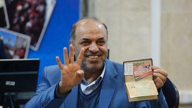 تصویر از ابوذر ندیمی از محل ساختمان وزارت کشور برای حوزه لاهیجان و سیاهکل ثبت نام کرد/تصویر بیانیه ندیمی خطاب به مردم