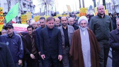 تصویر از حضور استاندار گیلان در تظاهرات محکومیت به شهادت رساندن سردار حاج قاسم سلیمانی