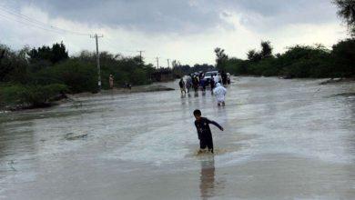 تصویر از مشکلات سیلزدگان سیستان و بلوچستان ادامه دارد طی ۲ روز سیلاب در جنوب سیستان و بلوچستان بیش از ۲۰ هزار خانه خسارت دید و ۲۰ هزار خانوار در سرمای زمستان بی خانمان شدند.