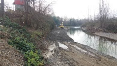 تصویر از مدیر امور منابع آب شهرستان های لاهیجان و سیاهکل خبر داد:پیشرفت فیزیکی ۸۵ درصدی تثبیت دیواره رودخانه دیسام