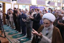 تصویر از شرکت استاندار گیلان در نماز عید فطر در حسینیه شهدای گمنام رشت