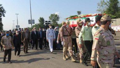 تصویر از حضور نماینده استاندار گیلان در مراسم تشییع پیکر شهید مرزبان گیلانی
