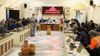 تصویر از فرماندار شهرستان آستانه اشرفیه در جلسه شورای اداری؛ دولت در حال شکستن محاصره اقتصادی دشمن است | اختصاص ۱۰ میلیارد تومان برای پل کابلی