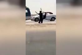 تصویر از فیلم | لحظه دستگیری راننده خودروی انتحاری توسط پلیس عراق