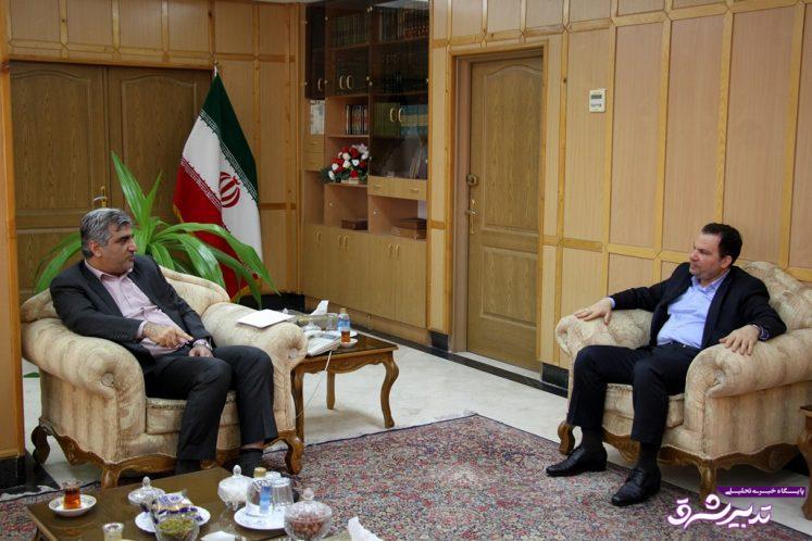 استاندار گیلان در دیدار با رئیس سازمان ثبت و احوال کشور